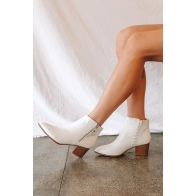 Lulus Illusion White Pointed Ankle Booties White for Women Business Casual High Quality 6X8FR6865
